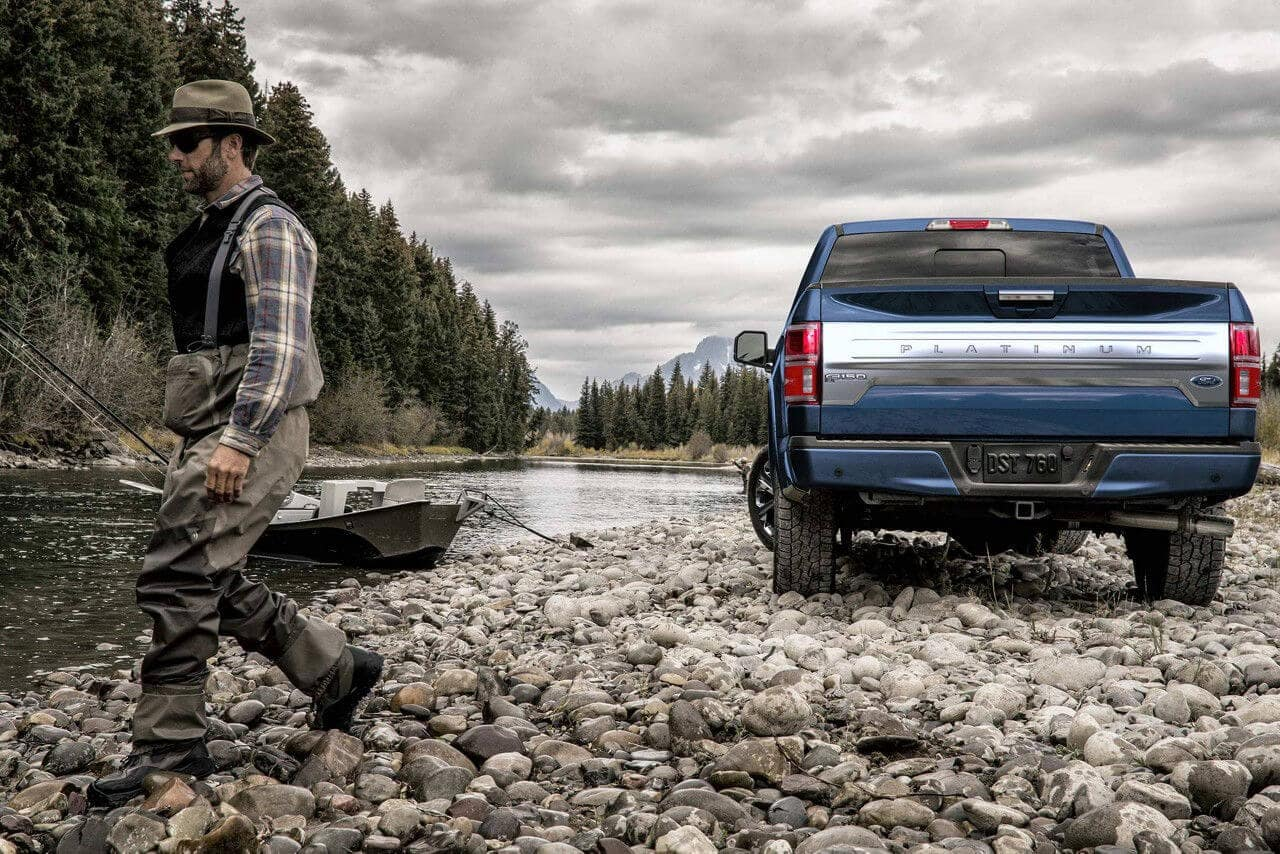Ford F-150 Platinum in Blue Jeans