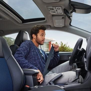 2018 Toyota Corolla interior cabin