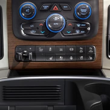 2018 RAM 3500 interior features