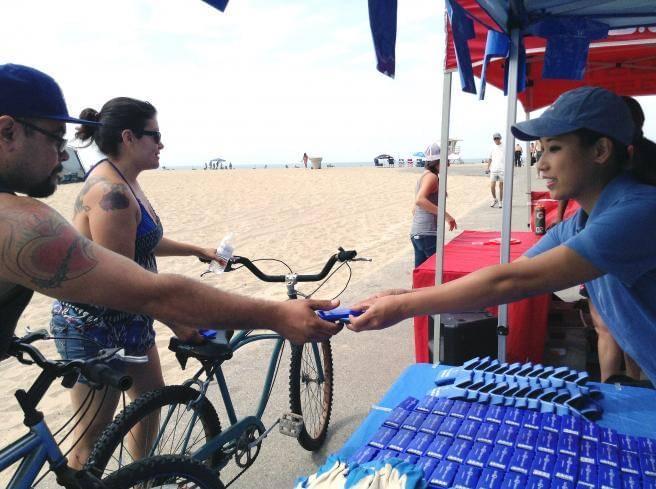 Helpful Honda Cleans Up KOST in Huntington Beach