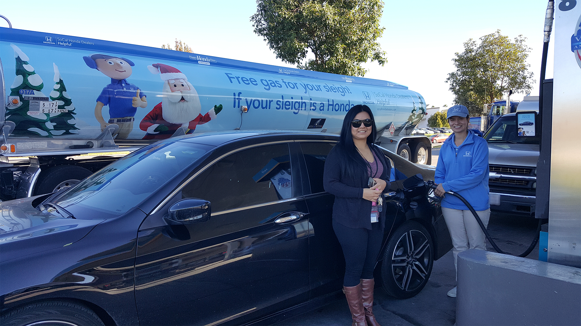 Helpful honda holiday treats truck and tanker truck for Long beach honda dealer