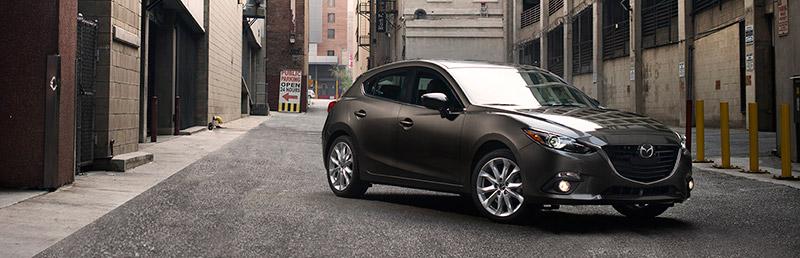 2015-Mazda3-Titanium