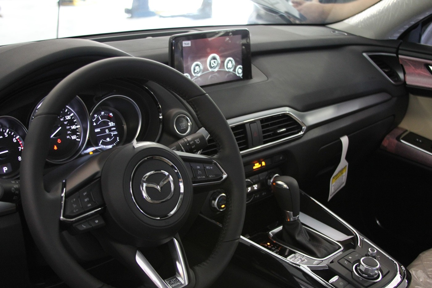 2016 Mazda CX-9 interior dashboard Sport Mazda in Orlando, FL