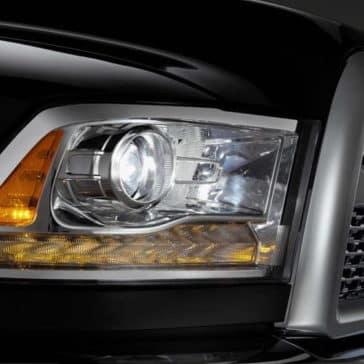 2018 RAM 2500 headlight