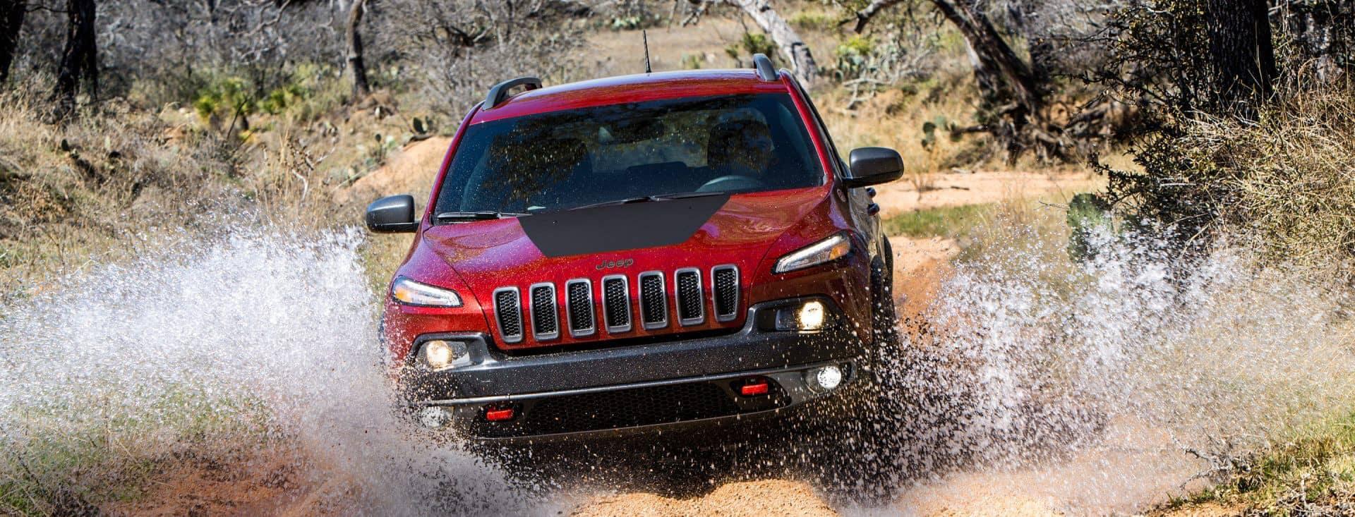 2018 Jeep Cherokee wades through water