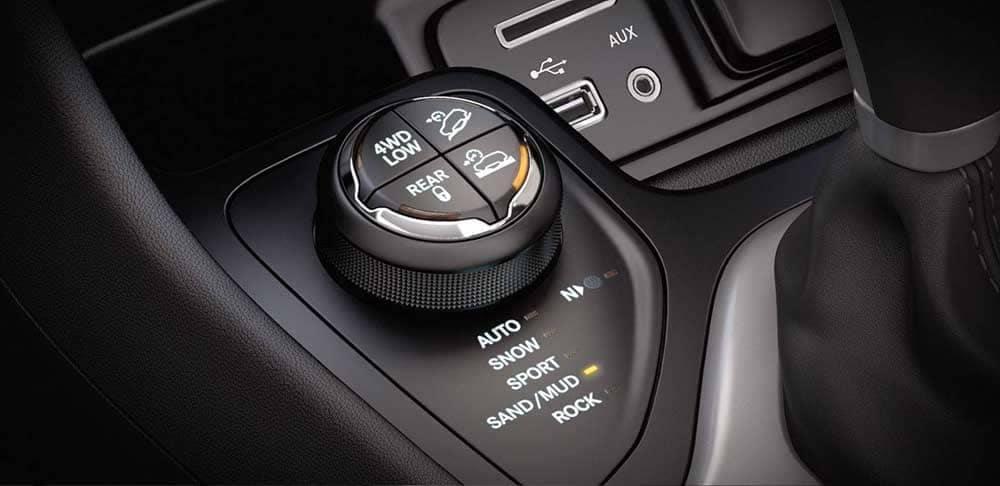 2018 Jeep Cherokee drive selector