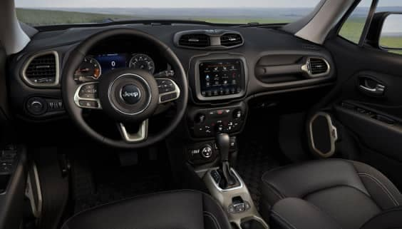 2018 Jeep Renegade interior cabin
