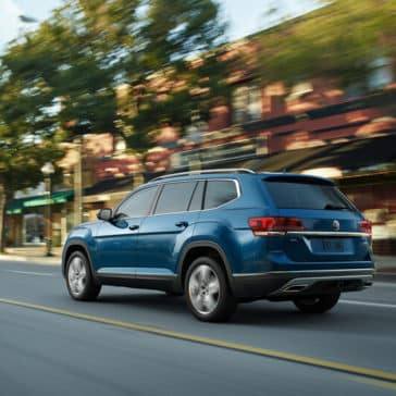 2018 Volkswagen Atlas driving