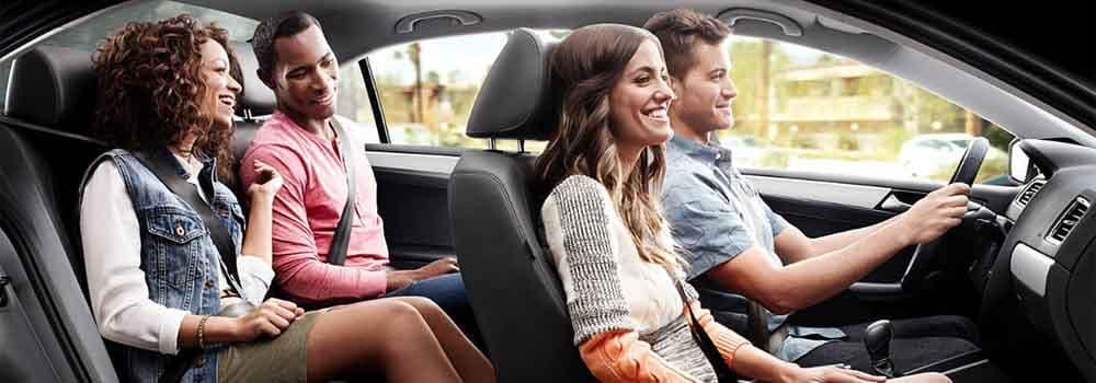 2018 Volkswagen Jetta couples driving