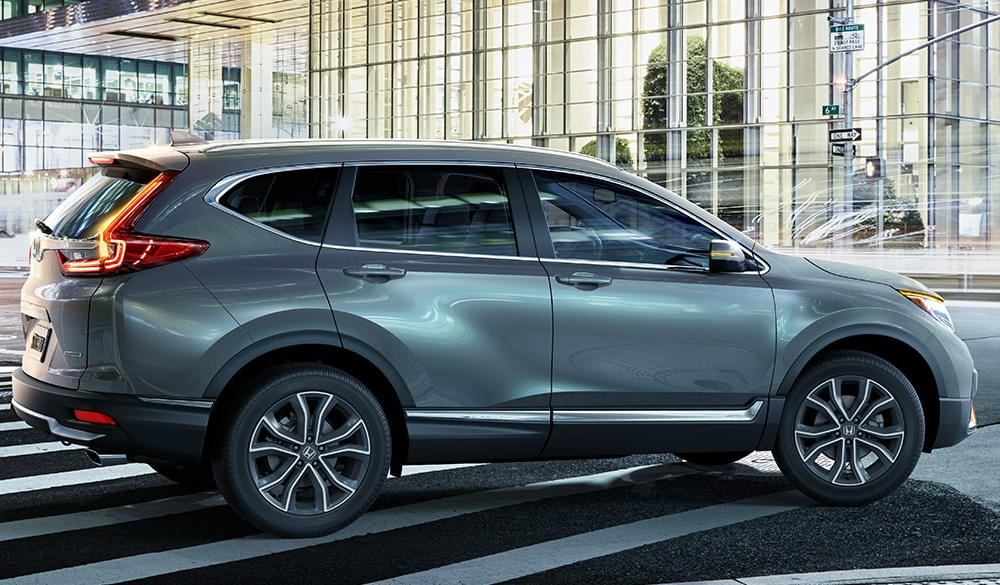 2020 CR-V in an intersection