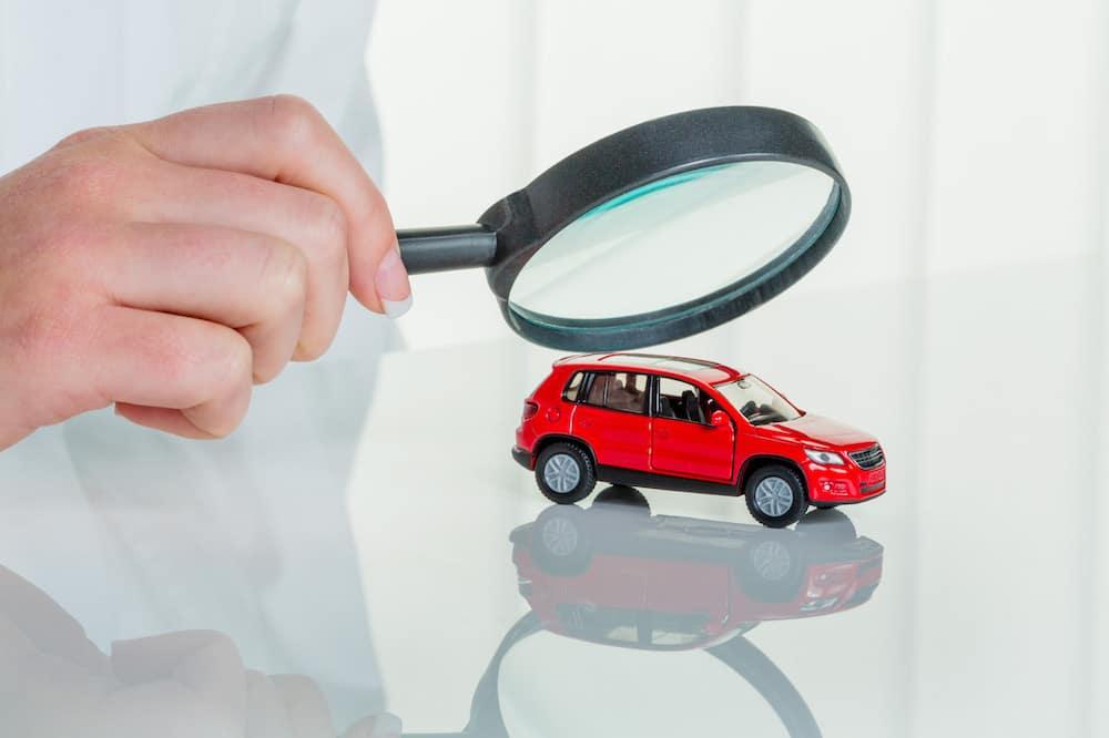 Inspecting a car
