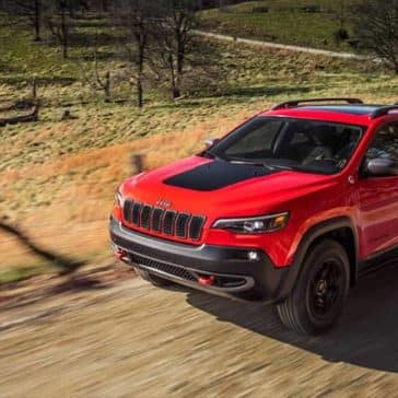 2019 Jeep Cherokee on dirt road