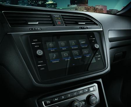 Volkswagen Tiguan SEL Premium touchscreen navigation system