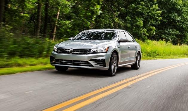 Volkswagen Passat vs Subaru Legacy