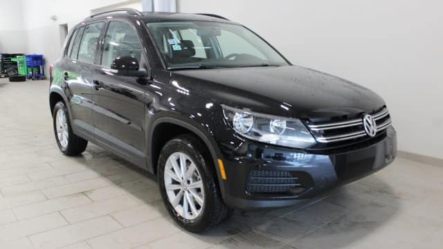 New 2017 Volkswagen Tiguan Limited AWD