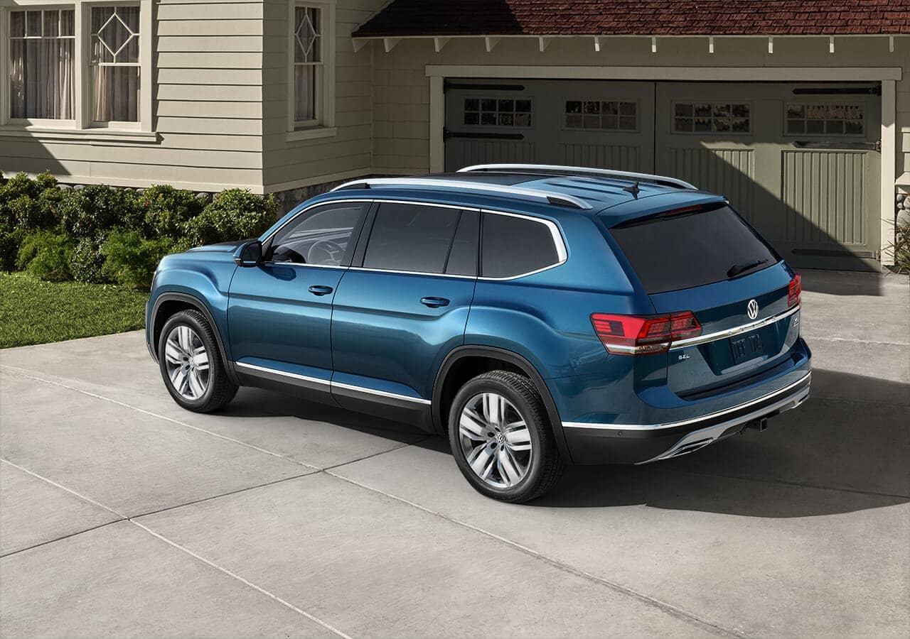 2019 Volkswagen Atlas in Blue Metallic in home driveway