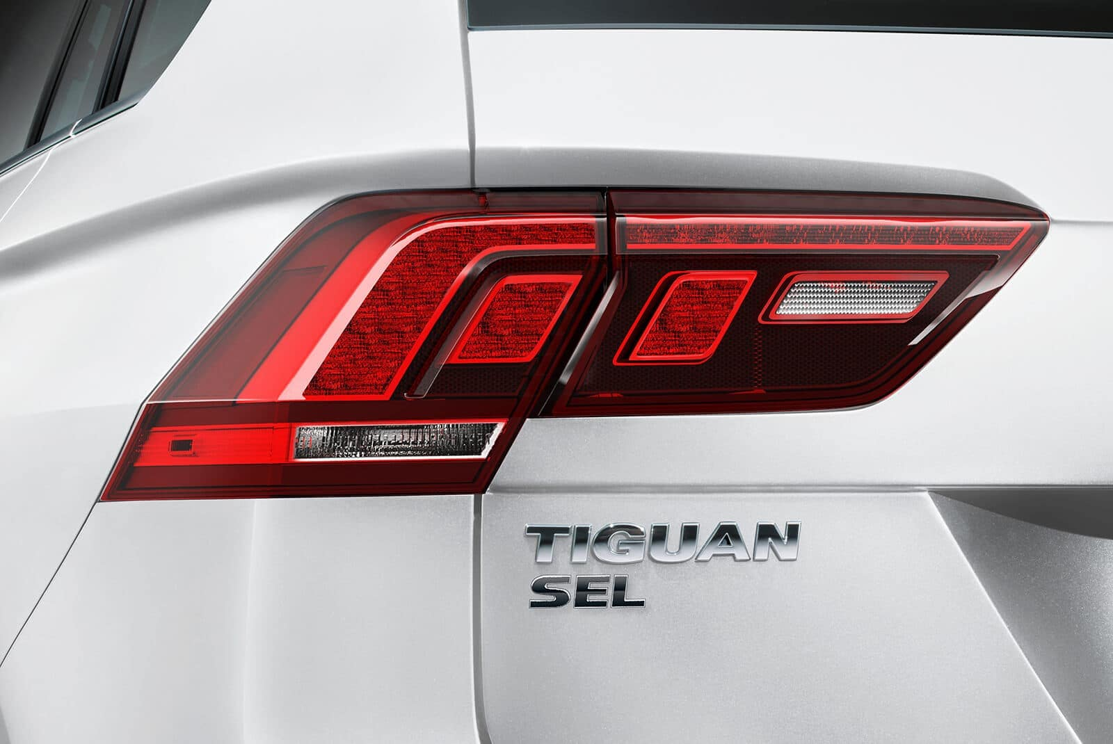 2019 Volkswagen Tiguan rear close up of LED taillights