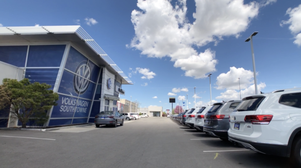 Volkswagen SouthTowne Dealership