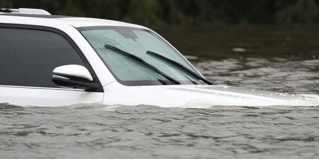 10 Tips to Avoid Buying a Flood-Damaged Car   Wilde East Towne Honda