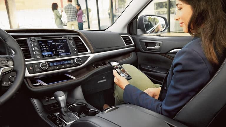 2018 Toyota Highlander Passenger