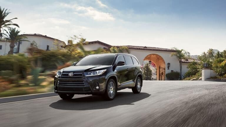 2018 Toyota Highlander Tropical