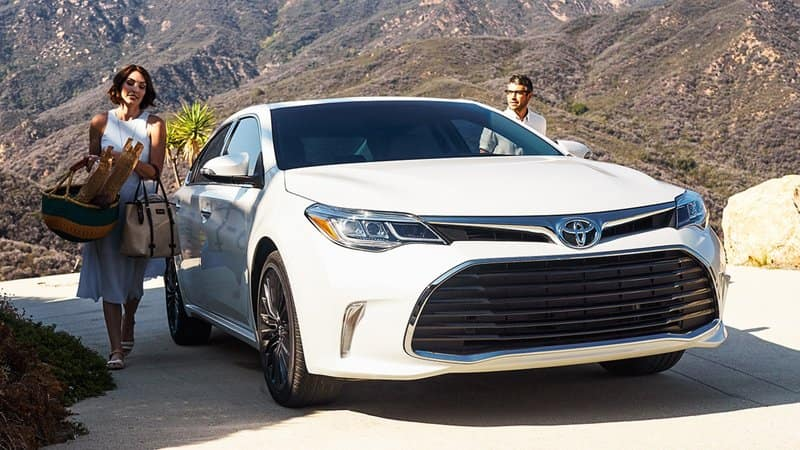 Toyota Camry and Avalon Named Best Cars for the Money