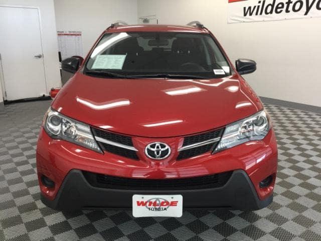 Certified Pre-Owned 2015 Toyota RAV4